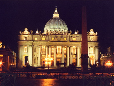 Saint Peter Basilica by night
